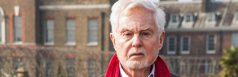 "Interviu cu Sir Derek Jacobi: ""The History of Love este o poveste emotionanata, plina de oameni remarcabili""."