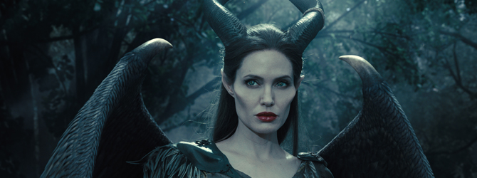 Angelina Jolie revine in Maleficent 2